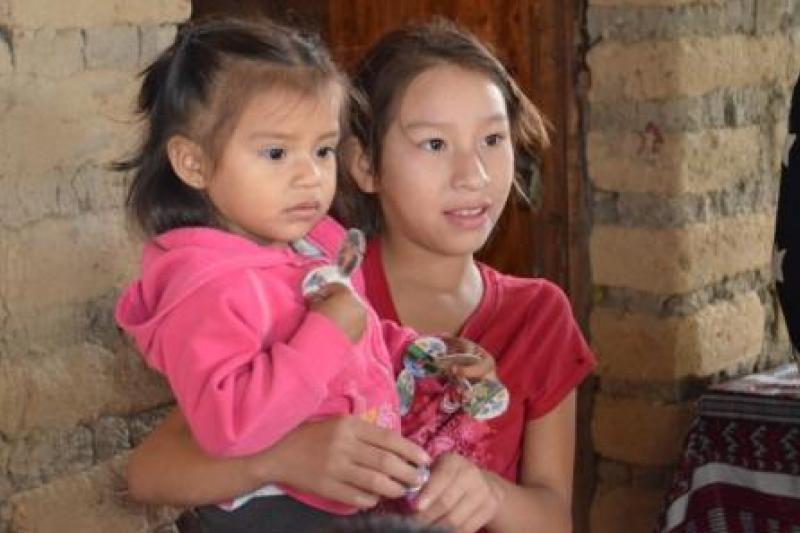 Niñas de Baja Verapaz, Guatemala